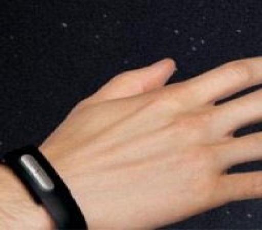 استفاده از دستبندهای دیجیتال تاثیری بر کاهش وزن دارد؟
